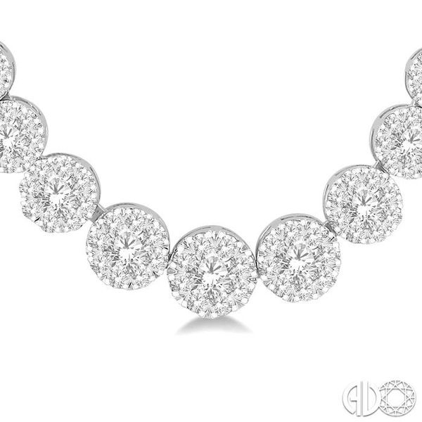 4 Ctw Round Cut Diamond Lovebright Necklace in 14K White Gold Image 3 Robert Irwin Jewelers Memphis, TN