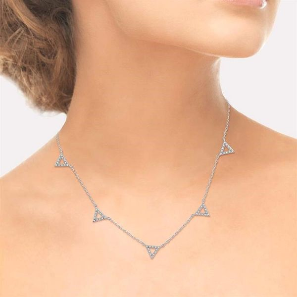 1/6 Ctw Five Triangle Round Cut Diamond Necklace in 10K White Gold Image 4 Robert Irwin Jewelers Memphis, TN