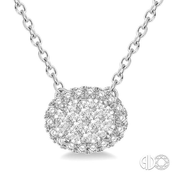 OVAL SHAPE LOVEBRIGHT DIAMOND NECKLACE Robert Irwin Jewelers Memphis, TN