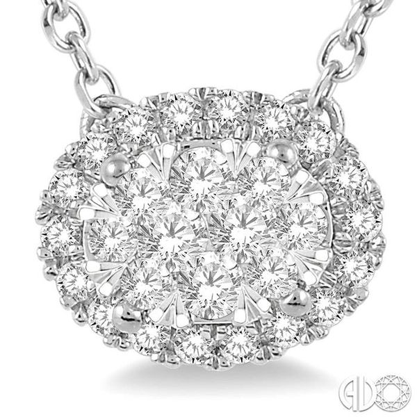 OVAL SHAPE LOVEBRIGHT DIAMOND NECKLACE Image 3 Robert Irwin Jewelers Memphis, TN
