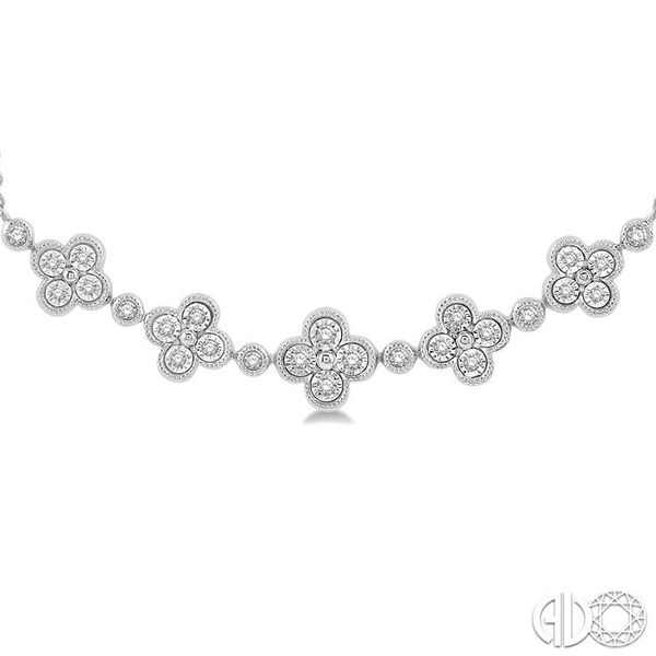 1/6 Ctw Floral Accent Round Cut Diamond Fashion Necklace in 10K White Gold Image 3 Robert Irwin Jewelers Memphis, TN