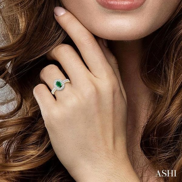 6x4mm Oval Cut Emerald and 1/4 Ctw Round Cut Diamond Ring in 14K Yellow Gold Image 4 Ross Elliott Jewelers Terre Haute, IN