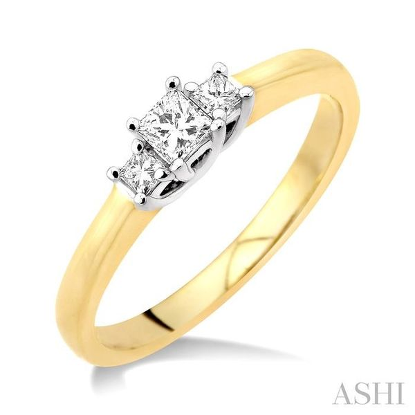 1/4 Ctw 3 Stone Princess Cut Diamond Ring in 14K Yellow and White Gold Seita Jewelers Tarentum, PA