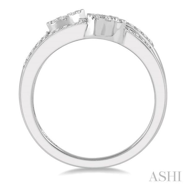 3/8 ctw Tri Shape Mount Split Shank Lovebright Round Cut Diamond Ring in 14K White Gold Image 3 Seita Jewelers Tarentum, PA