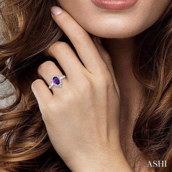 1/10 Ctw Pear Shape 9x6mm Amethyst & Round Cut Diamond Semi Precious Ring in 10K White Gold Image 4 Seita Jewelers Tarentum, PA