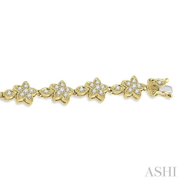 1 1/5 Ctw Flower and Marquise Link Diamond Bracelet in 14K Yellow Gold Image 3 Seita Jewelers Tarentum, PA