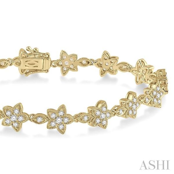 1 1/5 Ctw Flower and Marquise Link Diamond Bracelet in 14K Yellow Gold Image 2 Seita Jewelers Tarentum, PA