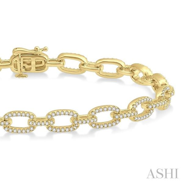 1 1/2 Ctw Round Cut Diamond Encrusted Link Chain Bracelet in 14K Yellow Gold Image 2 Seita Jewelers Tarentum, PA