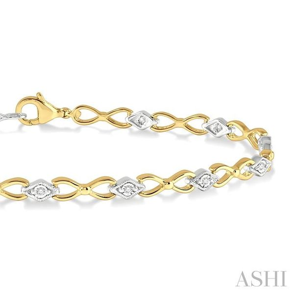 1/10 ctw Round Cut Diamond Illusion Plate Link Bracelet in 10K Yellow and White Gold Image 2 Seita Jewelers Tarentum, PA
