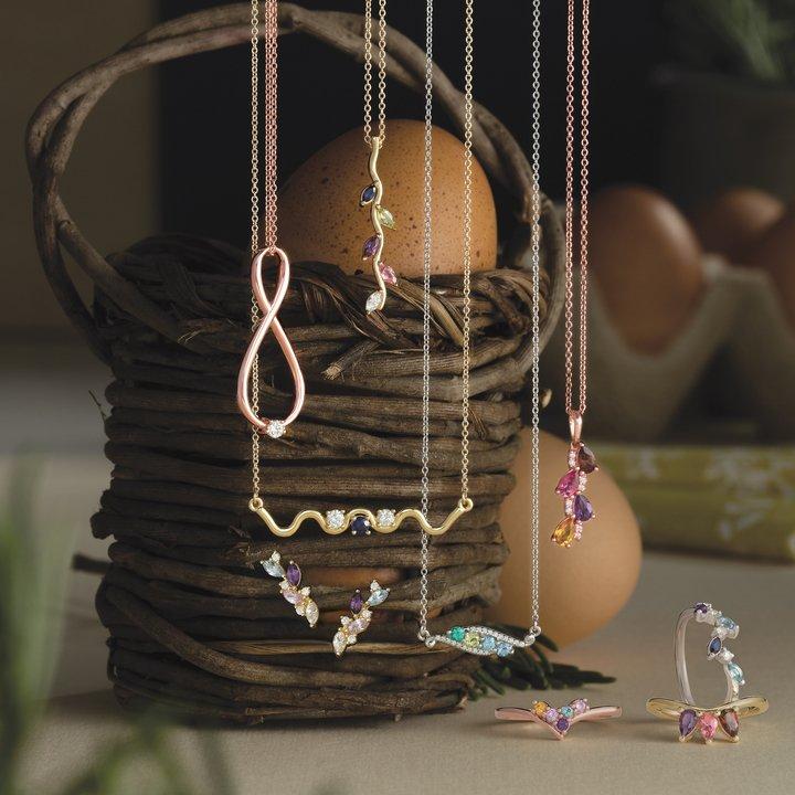 Jewelry Showcase  Donderos Jewelry Vineland, NJ