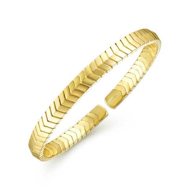 Yellow Gold Chevron Pattern Cuff Bracelet Image 2 SVS Fine Jewelry Oceanside, NY