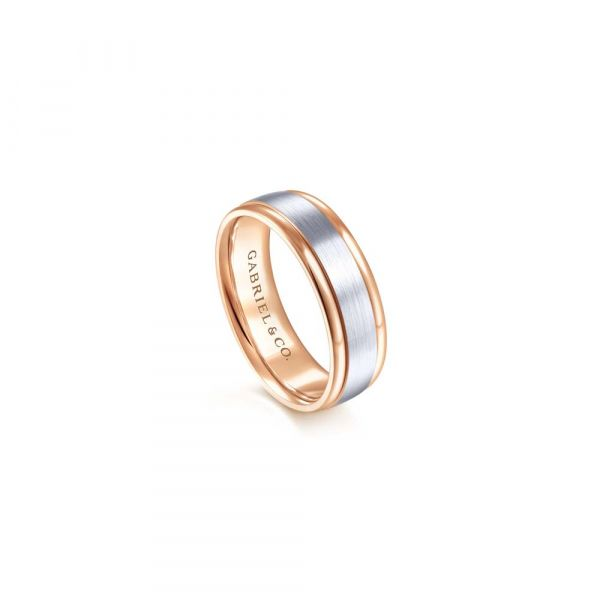 Gabriel & Co. Satin Finish Center and Polished Edge Men's Wedding Band Image 3 SVS Fine Jewelry Oceanside, NY
