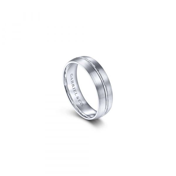Gabriel & Co. Engraved Channel Center, Satin Finish Men's Wedding Band Image 3 SVS Fine Jewelry Oceanside, NY