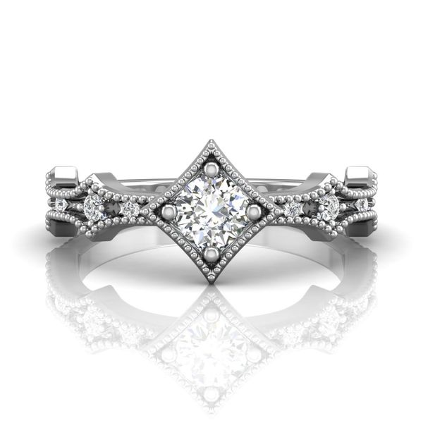 18kw .39ct 9dia band Forevermark