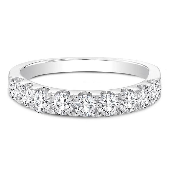 18kw 1.02ct t.w. 9 rbc ring Forevermark