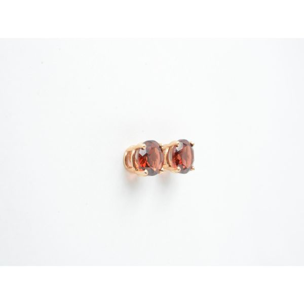 Rhodolite Garnet Basket Set Stud Earrings	 Image 2 Wyatt's Jewelers Seattle, WA