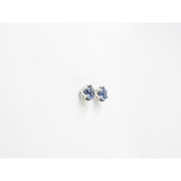 Sapphire Stud Earrings  Image 2 Wyatt's Jewelers Seattle, WA